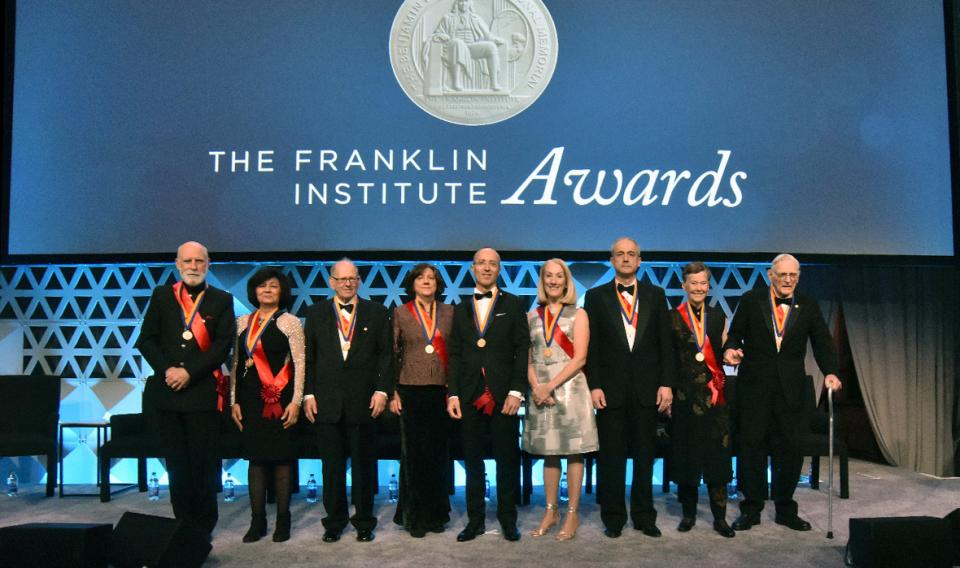 Group photo on stage of the 1918 Franklin Institute laureates
